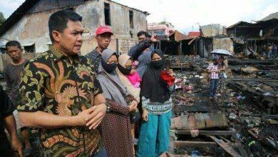 Photo of Bantuan Tunai dari Andi Harun kepada Warga Korban Kebakaran di Samarinda