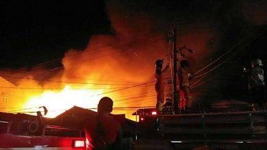 Photo of Detik-Detik Kebakaran Hebat di Jalan Lambung Mangkurat, Melahap 19 Bangunan
