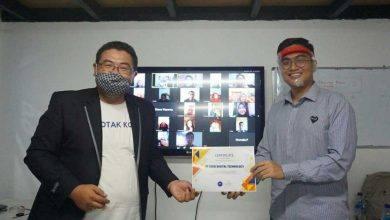 Photo of PinjamKan dan Kotak Koin Edukasi Warga Samarinda Waspada Fintech Ilegal di Tengah Pandemi