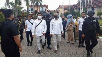 Photo of Aksi Penolakan UU Cipta Kerja, Pimpinan DPRD Kaltim Temui Demonstran