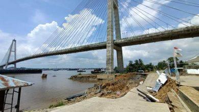 Photo of Sinyal Bahaya Jembatan Mahkota II, Penanganan Harus Penuh Hati-Hati