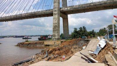 Photo of Pylon Jembatan Makota II Bergeser dan Turun, Belum Tentu karena Abrasi