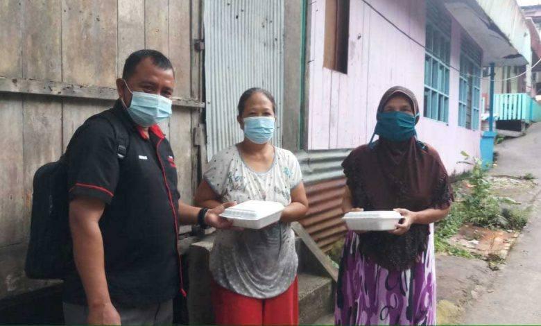Photo of Safaruddin Bagikan Makanan untuk Ribuan Wong Cilik Terdampak Pandemi
