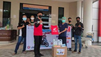 Photo of Diler Utama Astra Kaltim 2 Donasikan APD ke RS Rujukan Covid-19